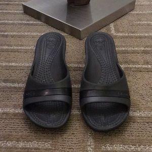 🌴NEW LISTING🌴 Crocs Wedge Shoes